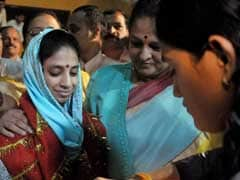Geeta Reaches Indore, Taken to Institution for Hearing-Impaired People