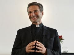 Vatican Fury as Top Priest comes Out on Eve of Bishops Meet