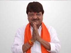BJP's Kailash Vijayvargiya Retracts Tweets, Now Says SRK 'Most Popular After Amitabh'
