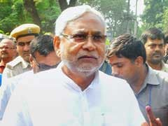Nitish Kumar Rakes up PM Modi's DNA Remark on Last Day of Campaign