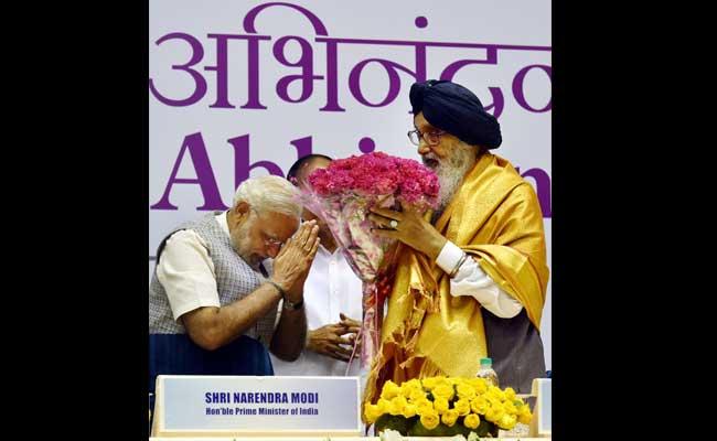 Badal India's Nelson Mandela, Says PM Modi. Twitter Has a Field Day.