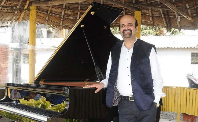 A Pianist on a Mission to Create 'Positivity' with Music