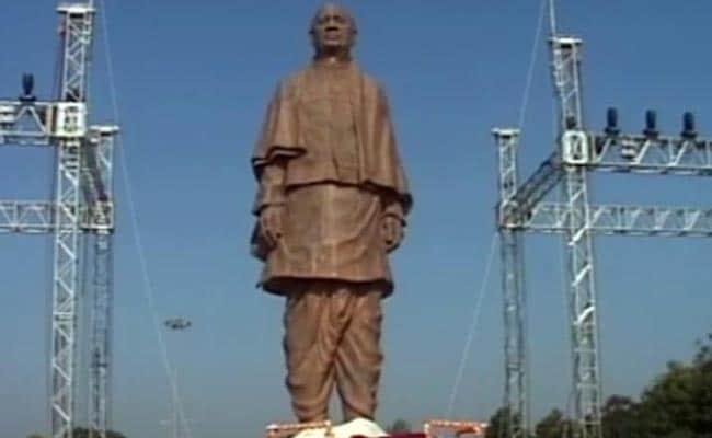 Gujarat Unveils Sardar Patel's 30-Feet Statue