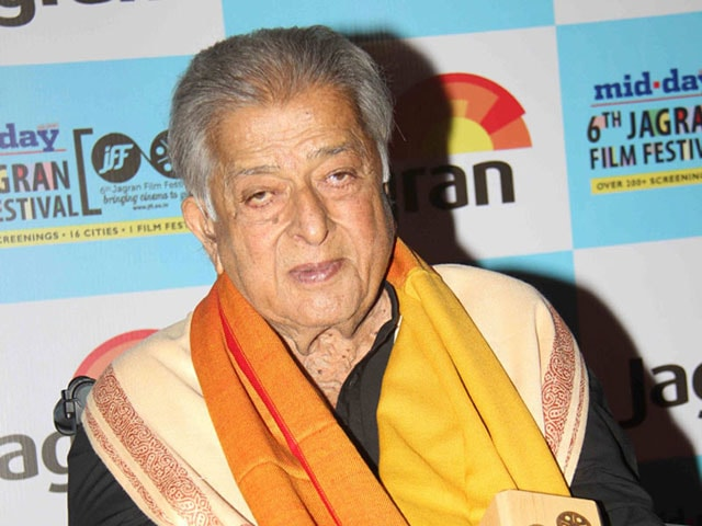 Shashi Kapoor Receives Lifetime Award at Jagran Film Fest