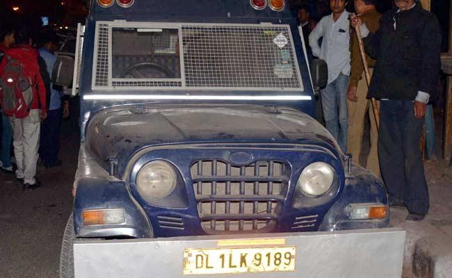 दिल्ली में बैंक की कैश वैन लेकर भागा ड्राइवर गिरफ्तार, 22.5 करोड़ बरामद, बलिया भागने की फिराक में था