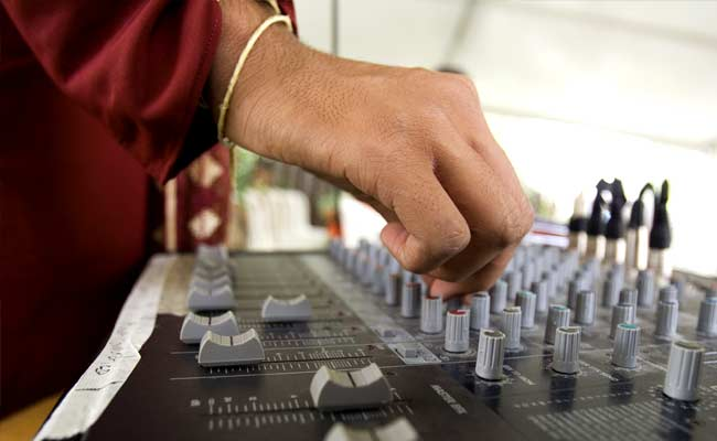 No Jeans For Girls, No DJs At Weddings: Uttar Pradesh Panchayat