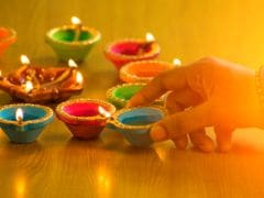 Happy Diwali 2016: Genius Tips to Throw a Diwali Party to Remember