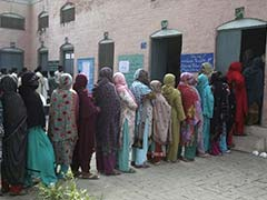 11 Killed as Pakistanis Vote in Local Government Polls