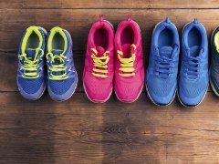 पुराने हो चुके जूतों की उम्र बढ़ाएं इस अंदाज में