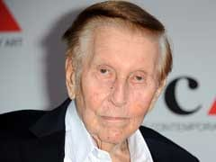 Viacom Cuts Executive Chairman Redstone's Pay Due to Reduced Responsibilities