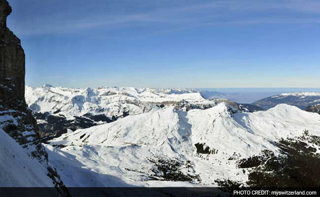 2 Climbers Killed In French Alps Avalanche