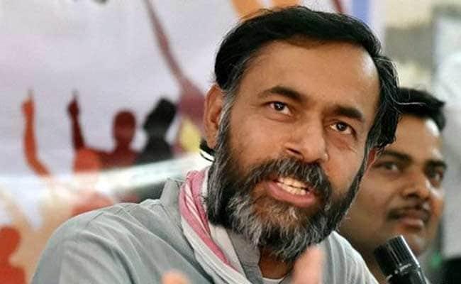 Yogendra Yadav Condemns Shoe Attack On Arvind Kejriwal