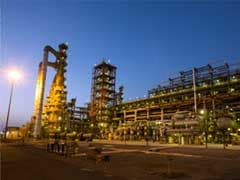 Essar Eyes Sale Of Gujarat Refinery: Report