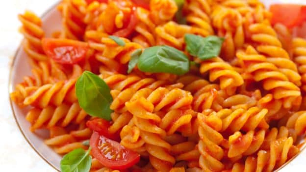 Fusilli With Raw Tomato Sauce Recipe — Dishmaps