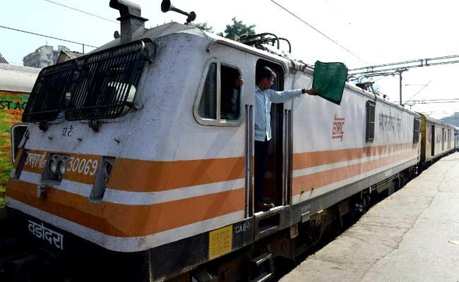 Delhi-Agra Train Fare Less Than 1 Kg Of Apples: Railways
