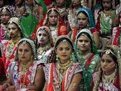 Diamond Trader in Gujarat Hosts Mass Wedding For 151 Couples