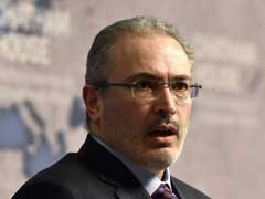 Russia Raids Homes Of Kremlin Critic Mikhail Khodorkovsky's Staff
