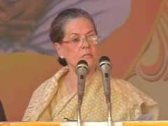 Sonia Gandhi Greets People On New Year