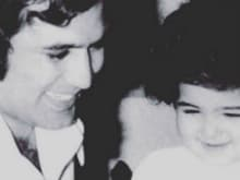 On Shared Birthday, Twinkle Tweets Old Pic of Herself With Dad Rajesh Khanna