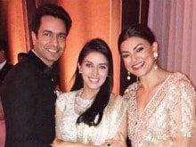 Asin Turns Instagram Feed Into Wedding Album. Best Pics From Reception