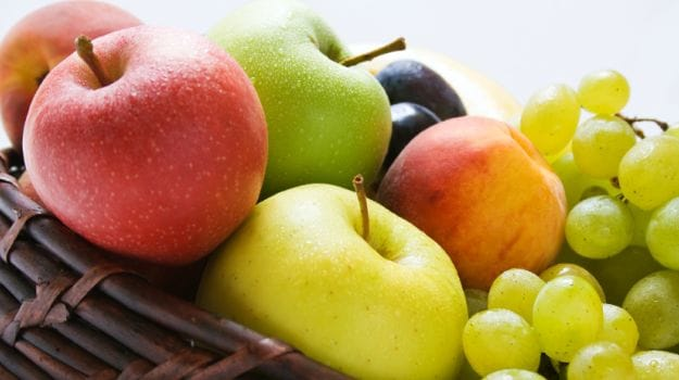 A Diet Full of Fruits in Adolescence Can Fight Breast Cancer Risk