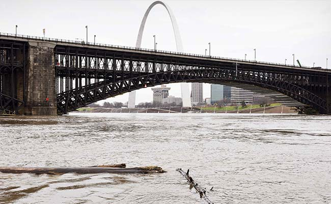 Southern US States Brace For Surging Mississippi River Flooding