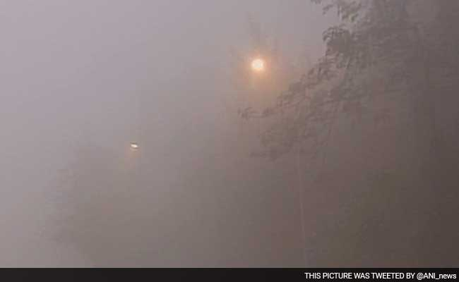 Dense Fog In Delhi Hits Flights, Over 100 Affected