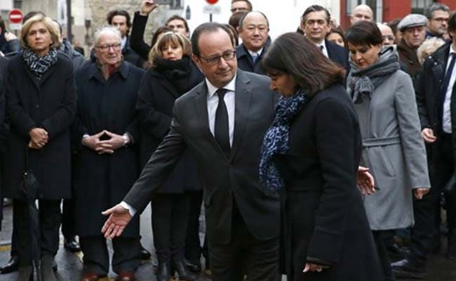 French President Honors Charlie Hebdo, Kosher Market Victims