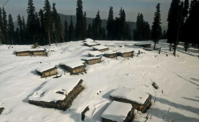 Snowfall, Rain In Valley; Gulmarg Coldest Place In Jammu And Kashmir