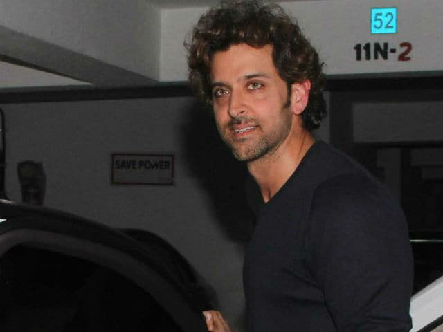 Hrithik Roshan Posts Pics of His Party-Filled Weekend