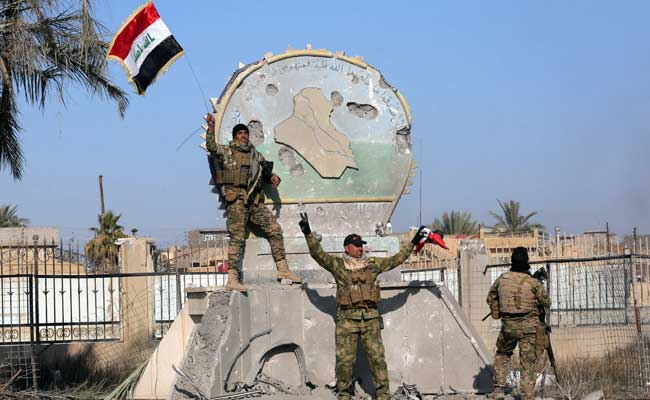 Bombs Laid By ISIS Hamper Iraqi Troops In Ramadi After Victory