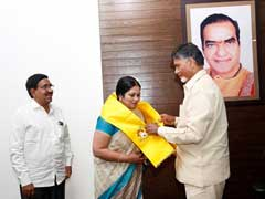 Telugu Actress Jayasudha Joins TDP In Presence Of Chandrababu Naidu