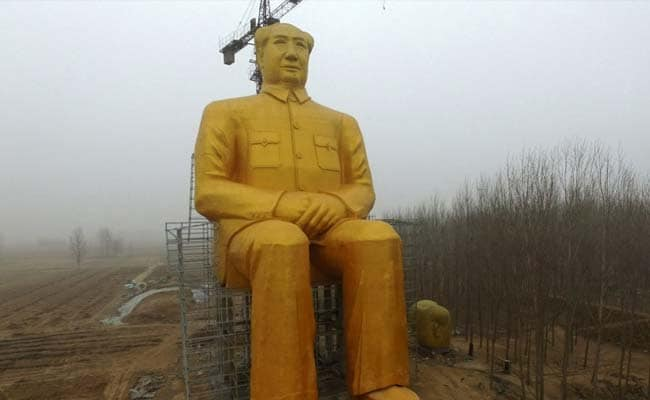 China Just Destroyed This 120-Foot-Tall Gold Statue Of Chairman Mao