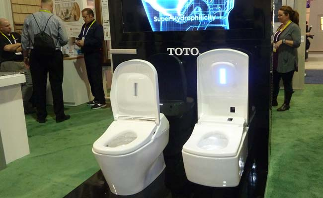 Self-Cleaning Toilet Makes Splash in Las Vegas