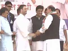 Mohammed Rafi's Son Dumps AIMIM, Joins Congress In Rahul Gandhi's Presence