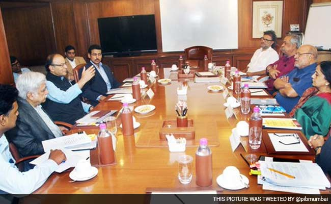 Shyam Benegal-Led Censor Board Panel Meets Arun Jaitley