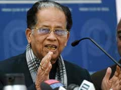 Assam Chief Minister Tarun Gogoi Slams PM Modi For Criticising Manmohan Singh