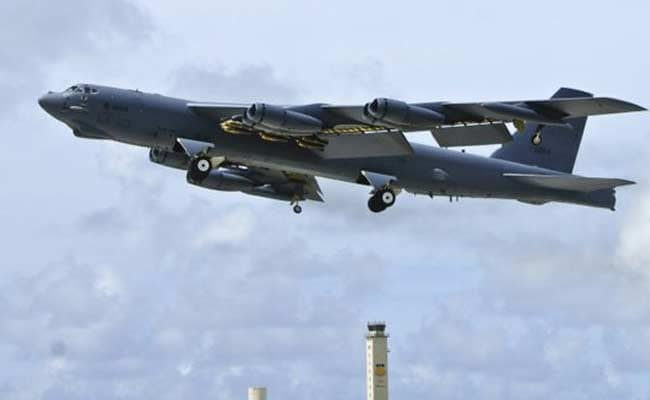 US B-52 Bomber Flies Over South As Koreas Slide Into Cold War Standoff