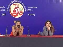 You Have to See Shilpa Shetty and Baba Ramdev Doing Yoga Together