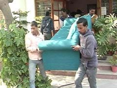 दिल्ली में कांग्रेस सांसद अधीर रंजन चौधरी का सरकारी बंगला खाली कराया गया