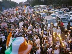 Delhi Congress Takes Out Candlelight March Over AAP's 'Failure'