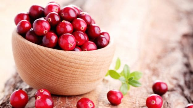9 Amazing Benefits of Cranberry: Powerhouse of Antioxidants, Heart Healthy and More