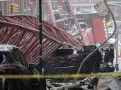 Crane Collapses in Lower Manhattan, Killing At Least One Person