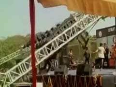 Delhi University Student Injured As Light Stand Crashes During College Festival