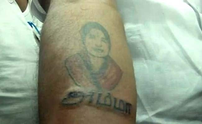 over 1 000 people tattoo jayalalithaa 39 s picture to celebrate her birthday. Black Bedroom Furniture Sets. Home Design Ideas