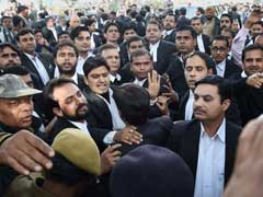 Lawyers Union Seeks Action Against Mob Which Attacked Journalists