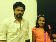 When Shah Rukh Khan Made a Fan's Day on the Sets of Raees