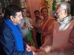 BJP's Shatrughan Sinha Meets Nitish Kumar, Lalu Prasad In Patna