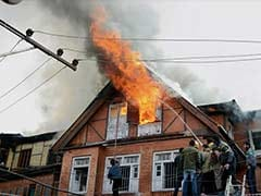 8 Houses Gutted In Major Fire In Srinagar