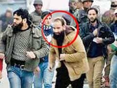 Son Of Hizbul Chief Syed Salahuddin Saved By Forces In Pampore Attack